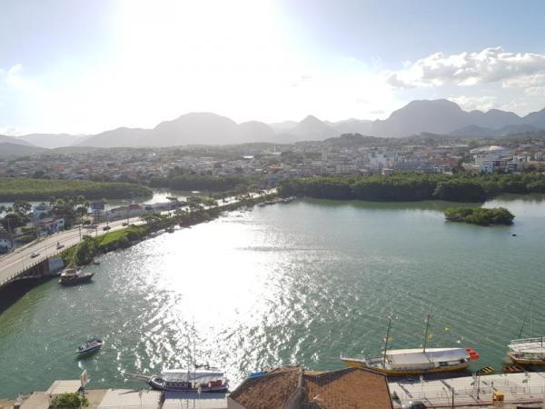 """Aptº n.º 404 Torre """" A """" - Edifício Port Soleil Residence - Guarapari/ES"""